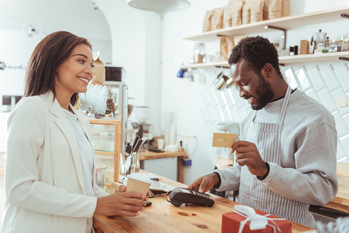4 Tips to Improve Customer Service Skills
